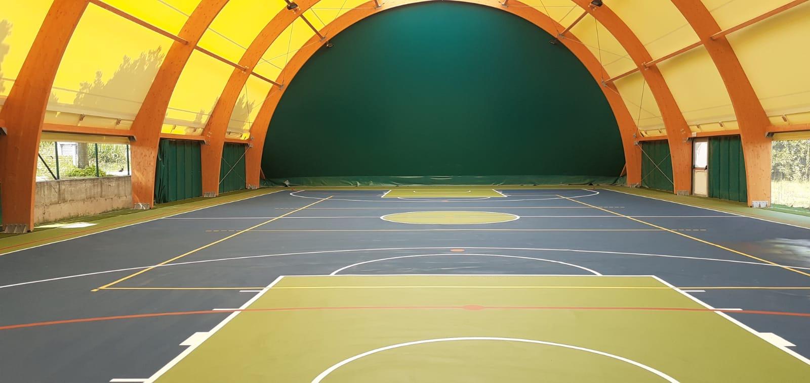 Comune di Codogno Lodi n. 2 campi polivalenti completi di copertura in  archi in legno lamellare - Lucon